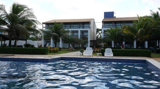 Villa Da Praia Hotel : Vista da piscina e quartos