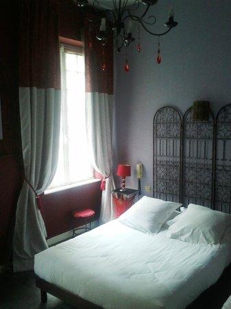 Hotel de La Tour de L'Horloge : Chambre 10