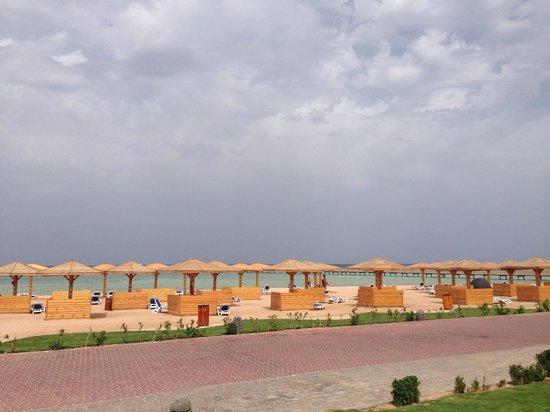Tropitel Sahl Hasheesh: The lovely beach