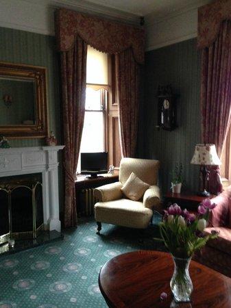 Ravenscourt House: Beautiful shared sitting room