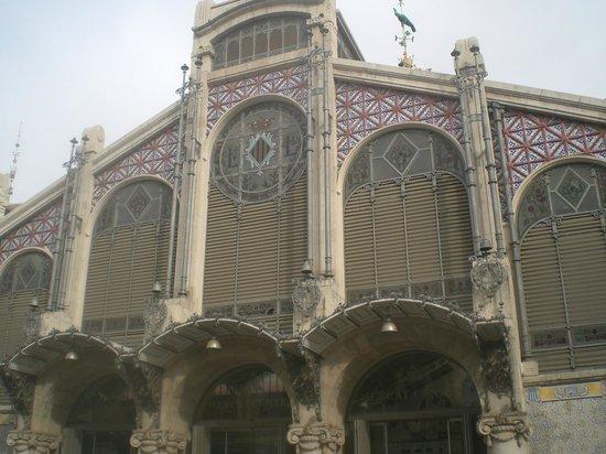 Plaza del Mercado (Placa del Mercat) : Facciata esterna del Mercado Central