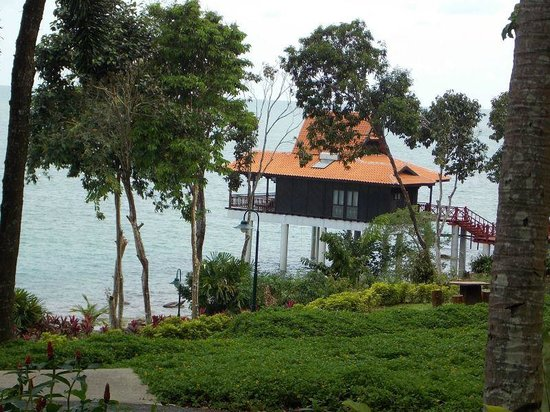 Berjaya Langkawi Resort - Malaysia : Semi Premium Chalet which is not in the forest and near the beach
