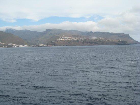 Los Cristianos Harbour : San Sebastian wir kommen.