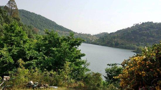 Club Mahindra Naukuchiatal: Scenic