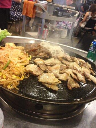 Honey Pig : beef and pork belly