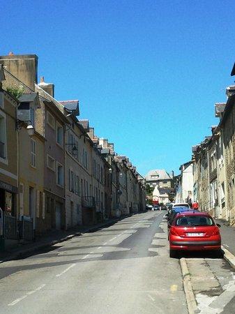 L'Hirondelle : rue de la creperie cancale