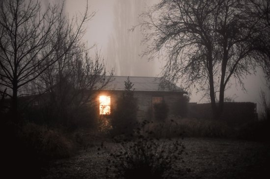 Paddy's Cottage: mystical night