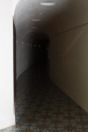 Villa Tre Ville: The Tunnel