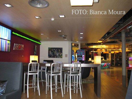 Aloft Brussels Schuman Hotel : Great Lounge!