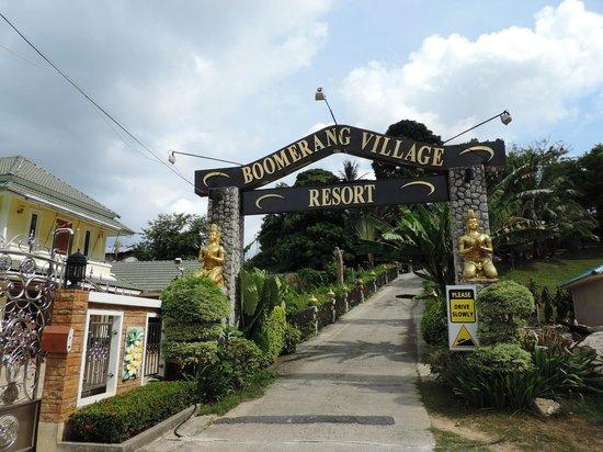 Boomerang Village Resort: Entrance to resort