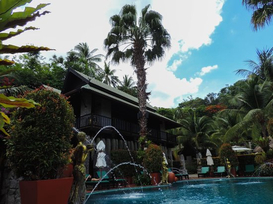 Boomerang Village Resort : Pool area
