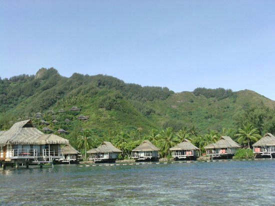 InterContinental Moorea Resort & Spa : another from a kayak