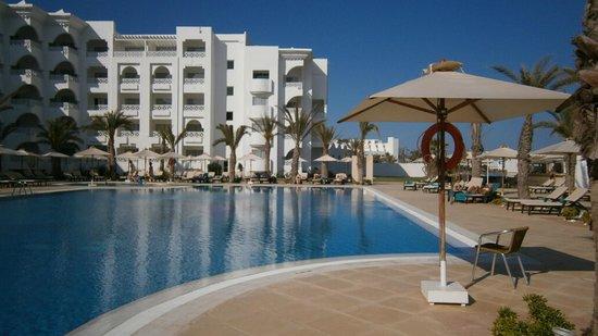 Radisson Blu Resort & Thalasso : piscina esterna