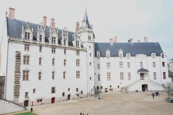 Hotel Duquesne : The Chateau, Nantes