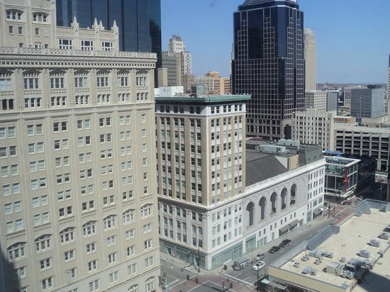 Crowne Plaza Hotel Kansas City Downtown: View from the room
