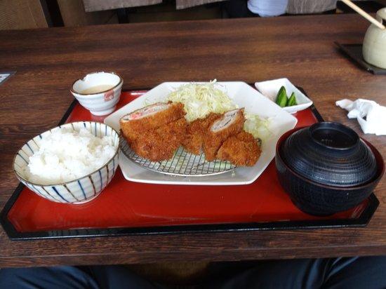 Kodawari Tonkatsu Hissho Kasugai Main Store: かつ定食