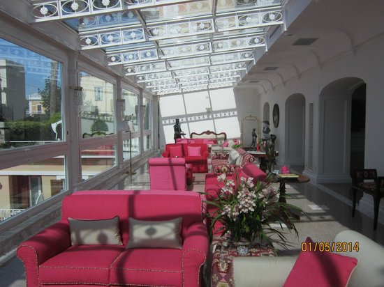 Hotel Corallo Sorrento: The Lobby