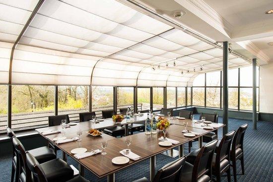 Edinburgh Capital Hotel: Westview Restaurant