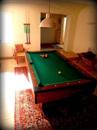 Snowed Inn Chalets : Chalet Jean ¦ Pool Area