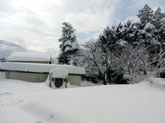 Snowed Inn Chalets : Chalet Larre ¦ Exterior
