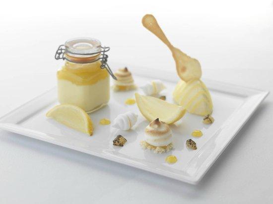 Kilcamb Lodge Hotel & Restaurant : Assiette of Lemon