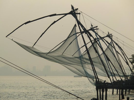 Old Harbour Hotel : Chinese Fishing nets