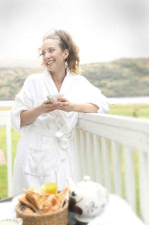 Kilcamb Lodge Hotel & Restaurant : Breakfast on the balcony