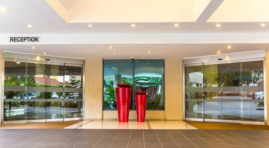 Best Western Premier Accra Airport Hotel: frontage