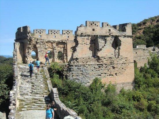 Jinshanling Great Wall: 明代の風化した金山嶺長城2