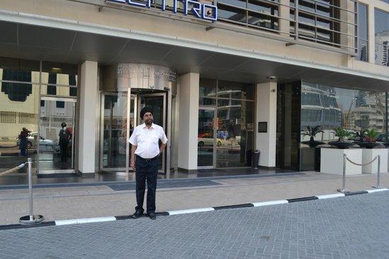 Centro Barsha: Front view