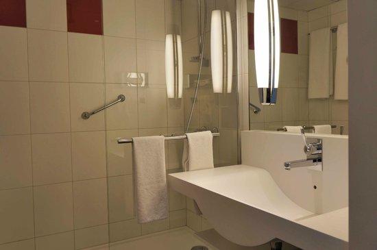 Novotel Krakow Centrum: Room 629 Bathroom