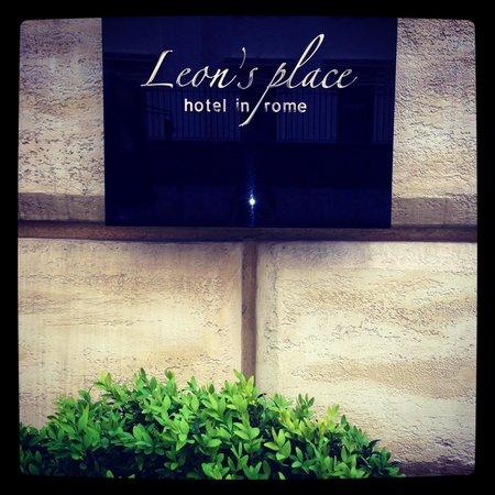 Leon's Place Hotel: Leons