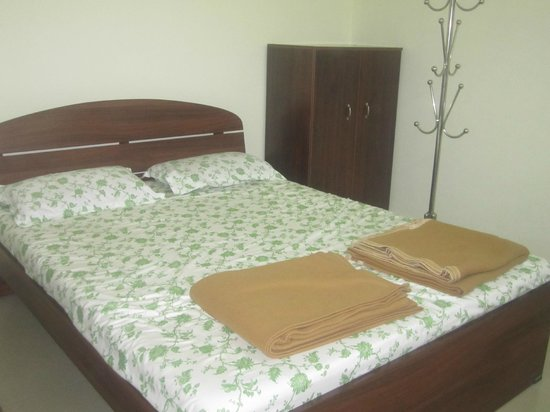 Palm Grove Service Villa: room