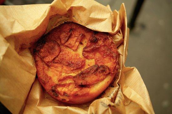 Le Grenier a Pain: これが、凄く美味しいリンゴのタルトです!!