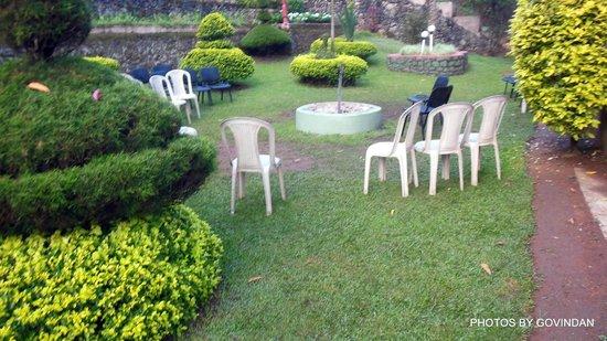 Abad Copper Castle Hill Valley Resort : Garden