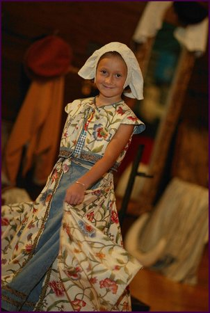 Roanoke Island Festival Park: Dressing up in the Museum