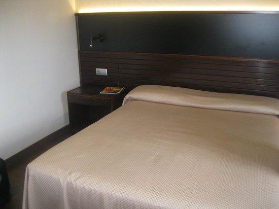 Hotel Astoria: Bed