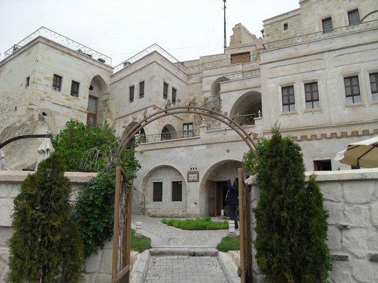 Tafoni Houses: Tafoni Evleri