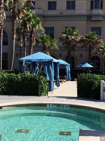 Westin Savannah Harbor Golf Resort & Spa: jacuzzi on the riverfront