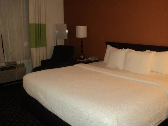 Fairfield Inn Kansas City Downtown/Union Hill: Room