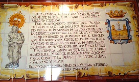 Castillo de Trujillo (Trujillo Castle) : Dedica