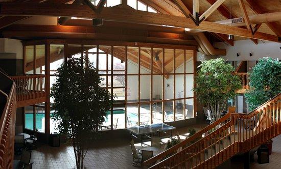 C'mon Inn - Fargo: View of Pool