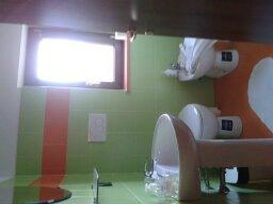 Distilleria Gualco : salle de bains