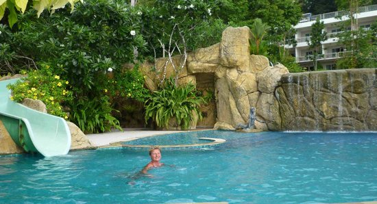 Chang Park Resort & Spa: Бассейн отеля Cliff