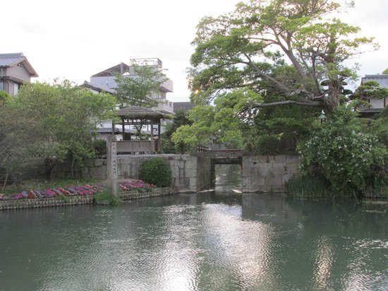 ‪Yanagawa Castle Moat Water Gate‬