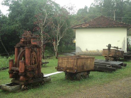 Minas da Passagem: Antiguidades na recepção da mina
