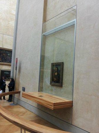 Louvre Museum: Mona Lisa
