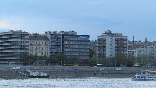 Novotel Budapest Danube: Vista externa