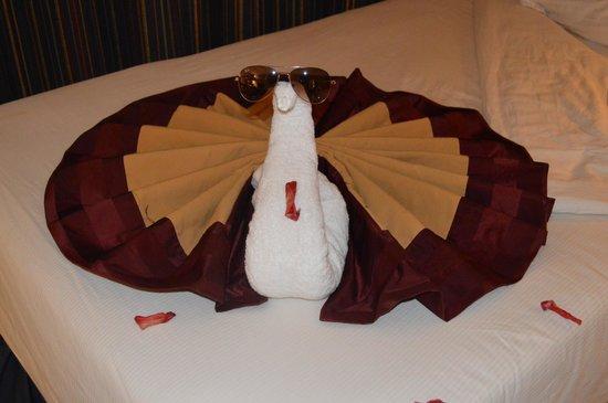 Golden 5 Topaz Suites Hotel : Романтический гость в номере))