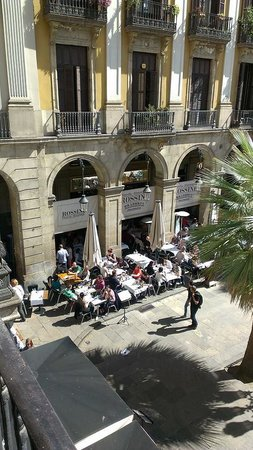 Roma Reial Hotel : view from our balcony 1